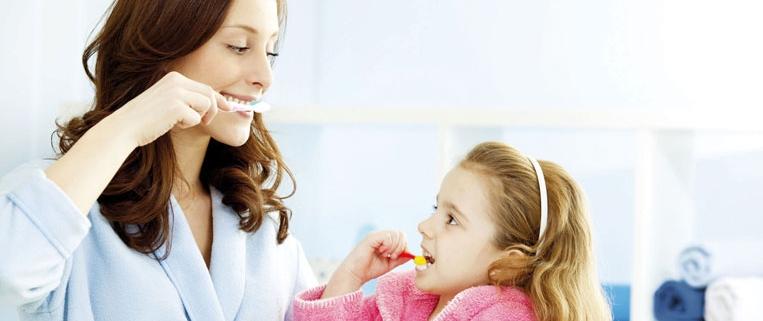 Следите за чисткой зубов своих детей